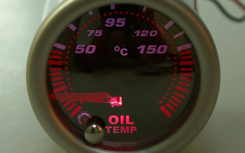 oil_gauges_800x500_image6_1490596846